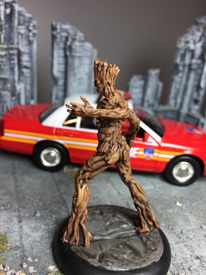 marvel-universe-miniature-groot-01