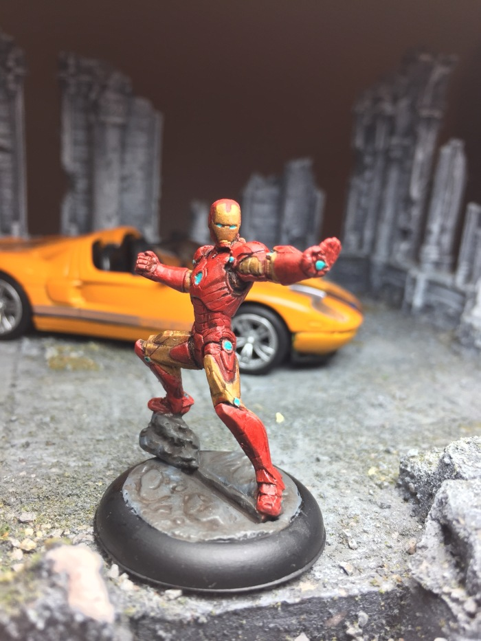 marvel-universe-miniature-the-invincible-iron-man-01