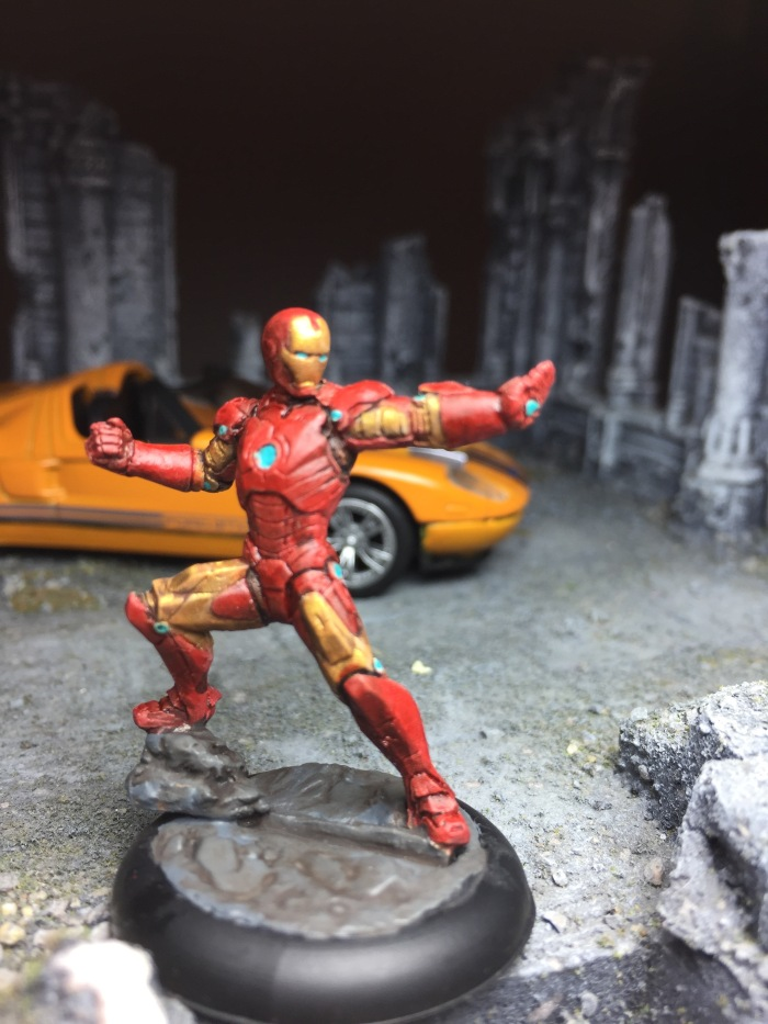 marvel-universe-miniature-the-invincible-iron-man-02