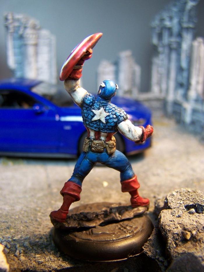 marvel-universe-miniature-captain-america-03