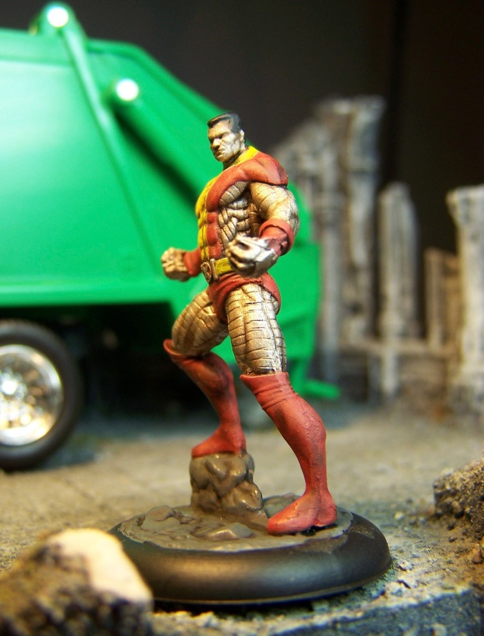 marvel-universe-miniature-colossus-02