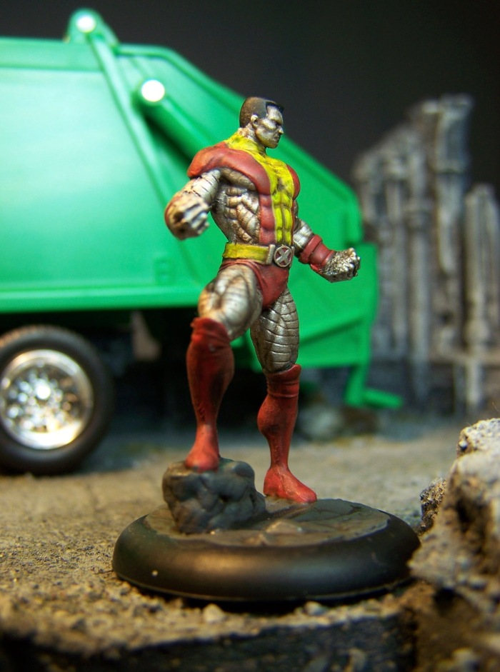 marvel-universe-miniature-colossus-04