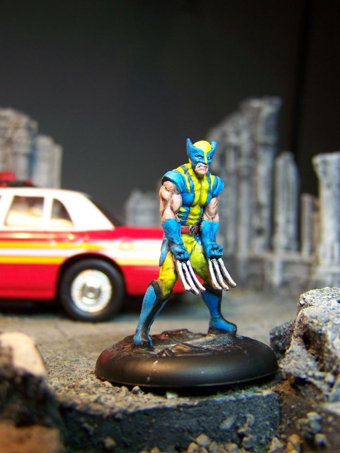 marvel-universe-miniature-wolverine-02