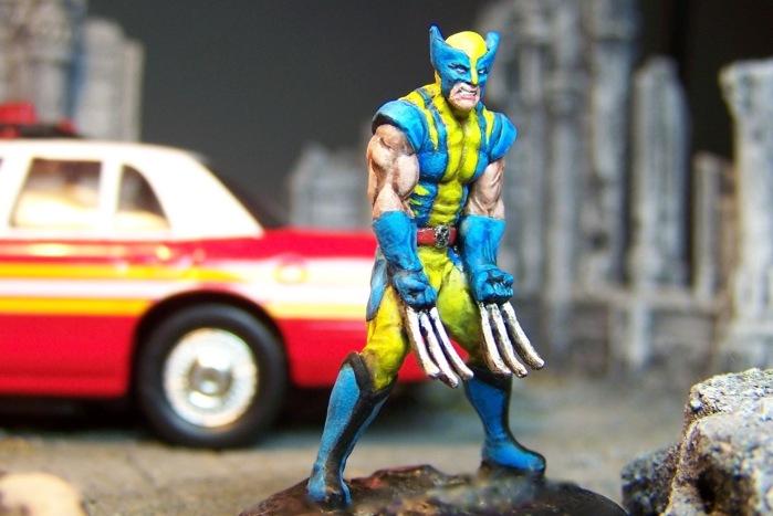 marvel-universe-miniature-wolverine-04