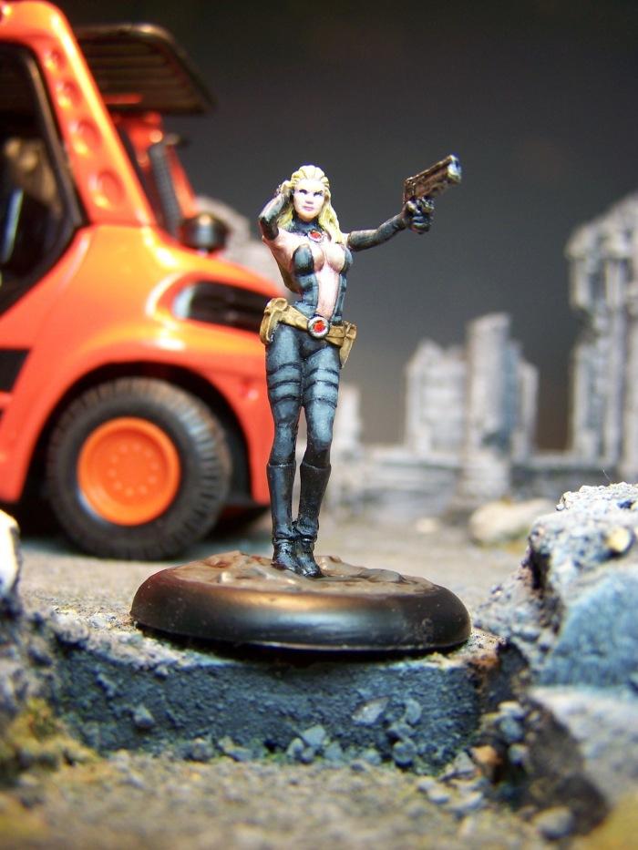 marvel-universe-miniature-lady-mastermind-01