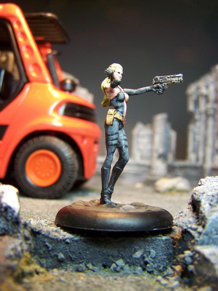 marvel-universe-miniature-lady-mastermind-02