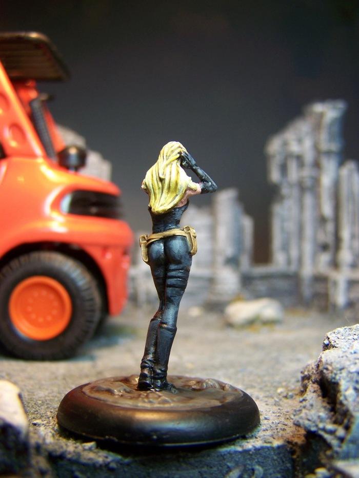 marvel-universe-miniature-lady-mastermind-03