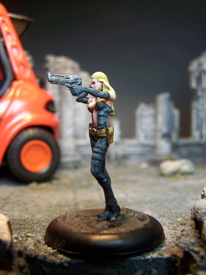 marvel-universe-miniature-lady-mastermind-05