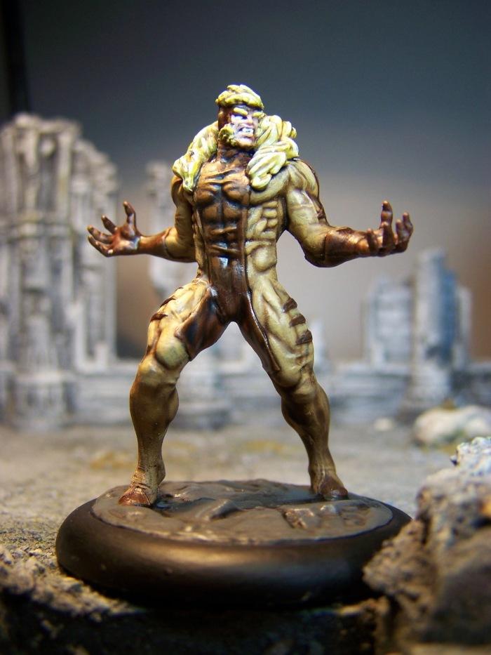marvel-universe-miniature-lady-sabertooth-02