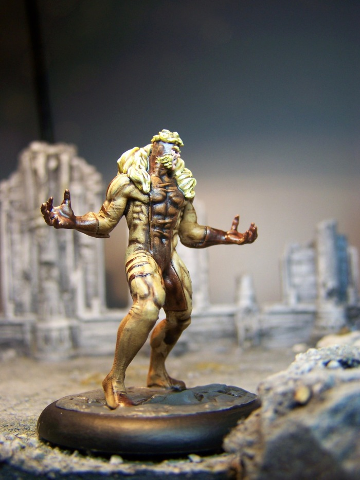 marvel-universe-miniature-lady-sabertooth-03