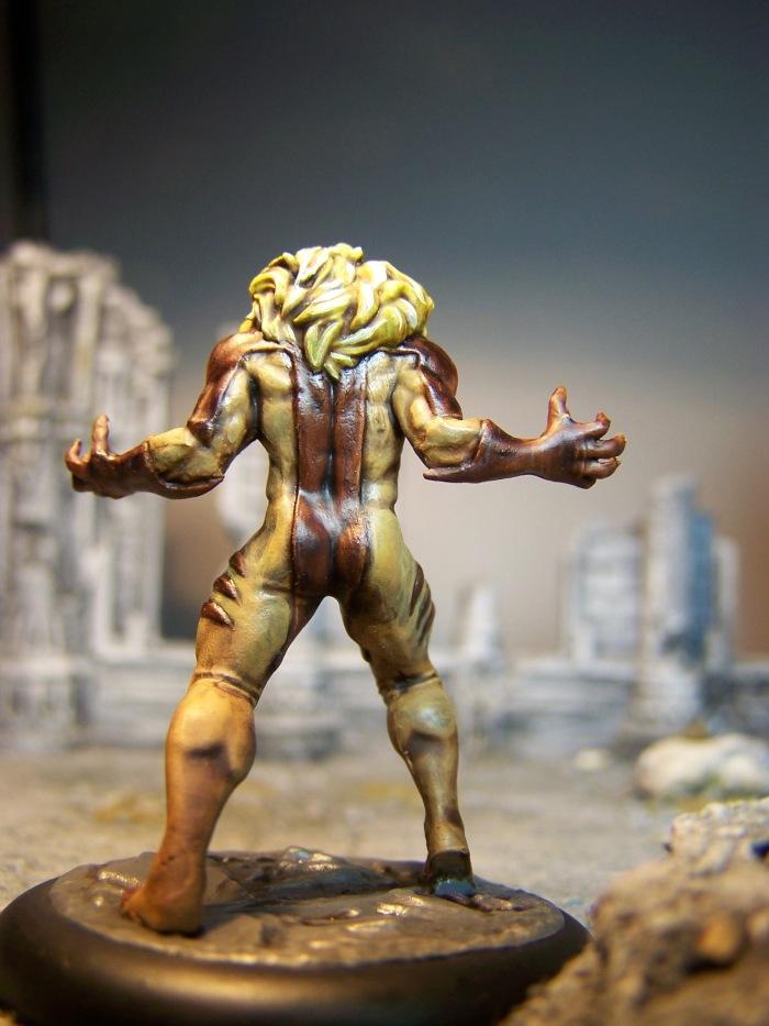 marvel-universe-miniature-lady-sabertooth-04